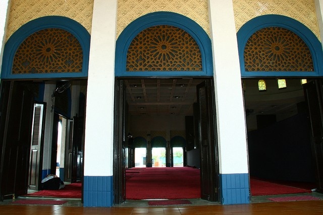 wp-tatak-marcos-the-blue-mosque-maharlika-village-4